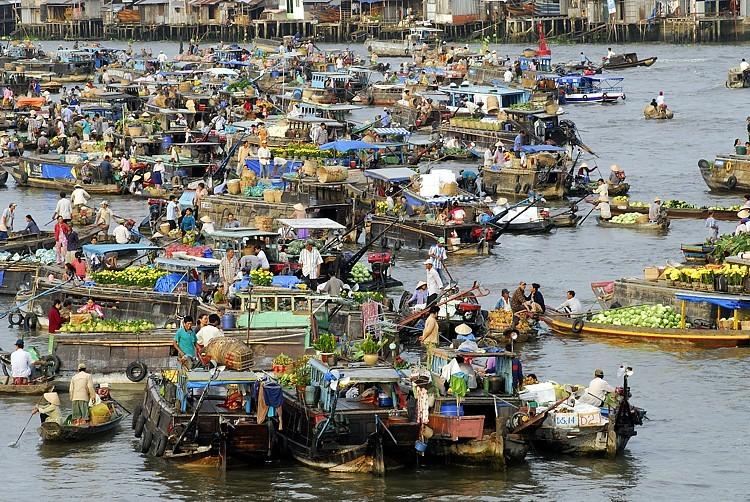 3V thi công vách ngăn vệ sinh ở Bến khu chợ nổi  tại Thành Phố Cần Thơ