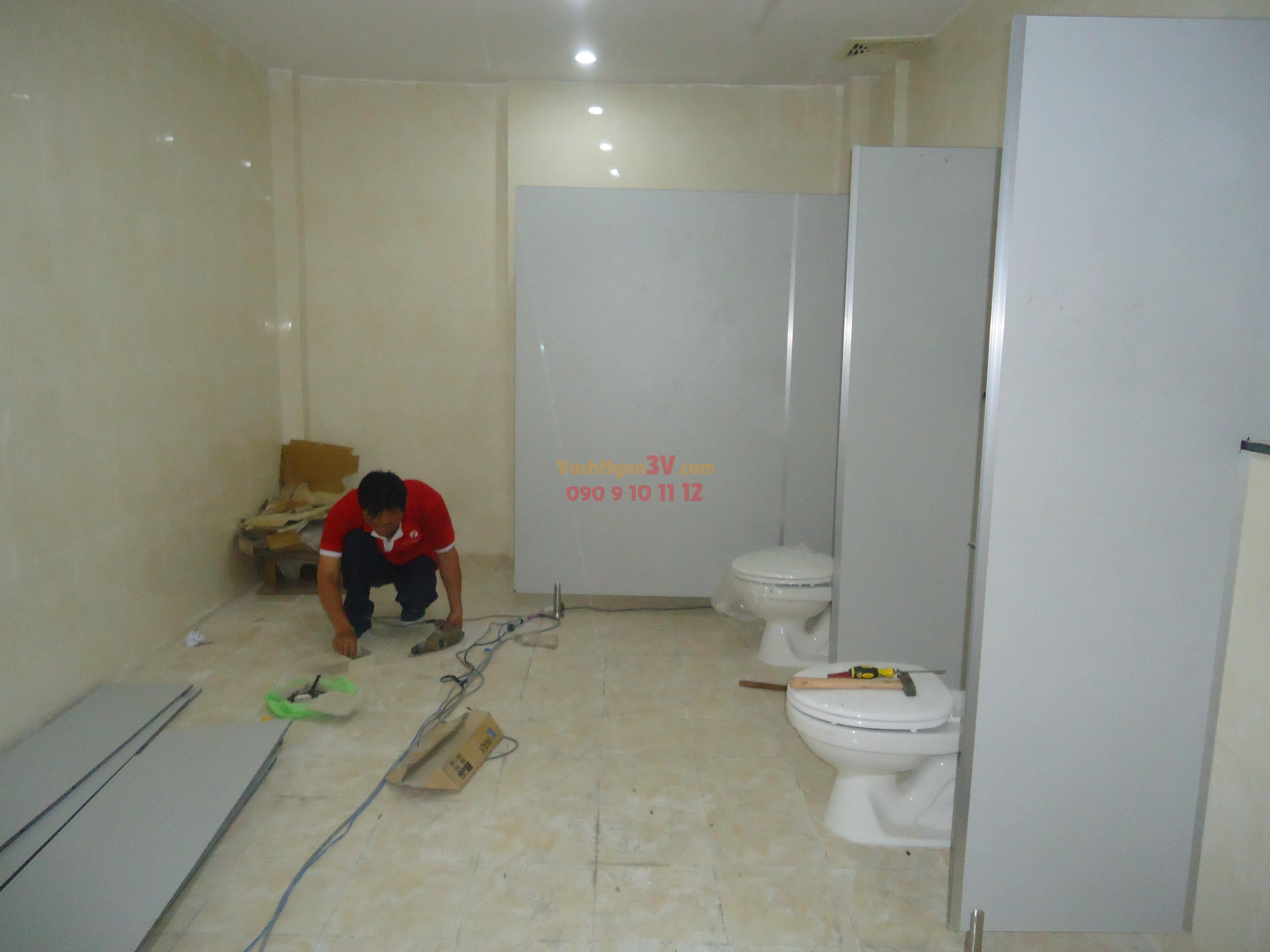 vách ngăn nhà vệ sinh giá rẽ