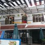 Vách ngăn toilet tại Nhà hàng Dê Lam Sơn, Quận Tân Bình, TPHCM