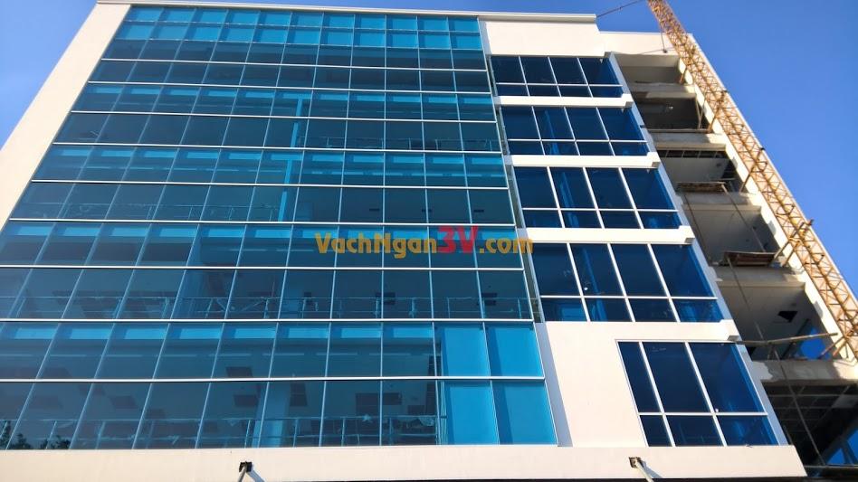 Vách ngăn vệ sinh Compact HPL tại Công ty Điện Lực, Bình Định, Quy Nhơn