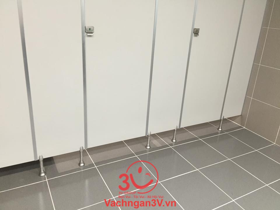 nhà vệ sinh compact