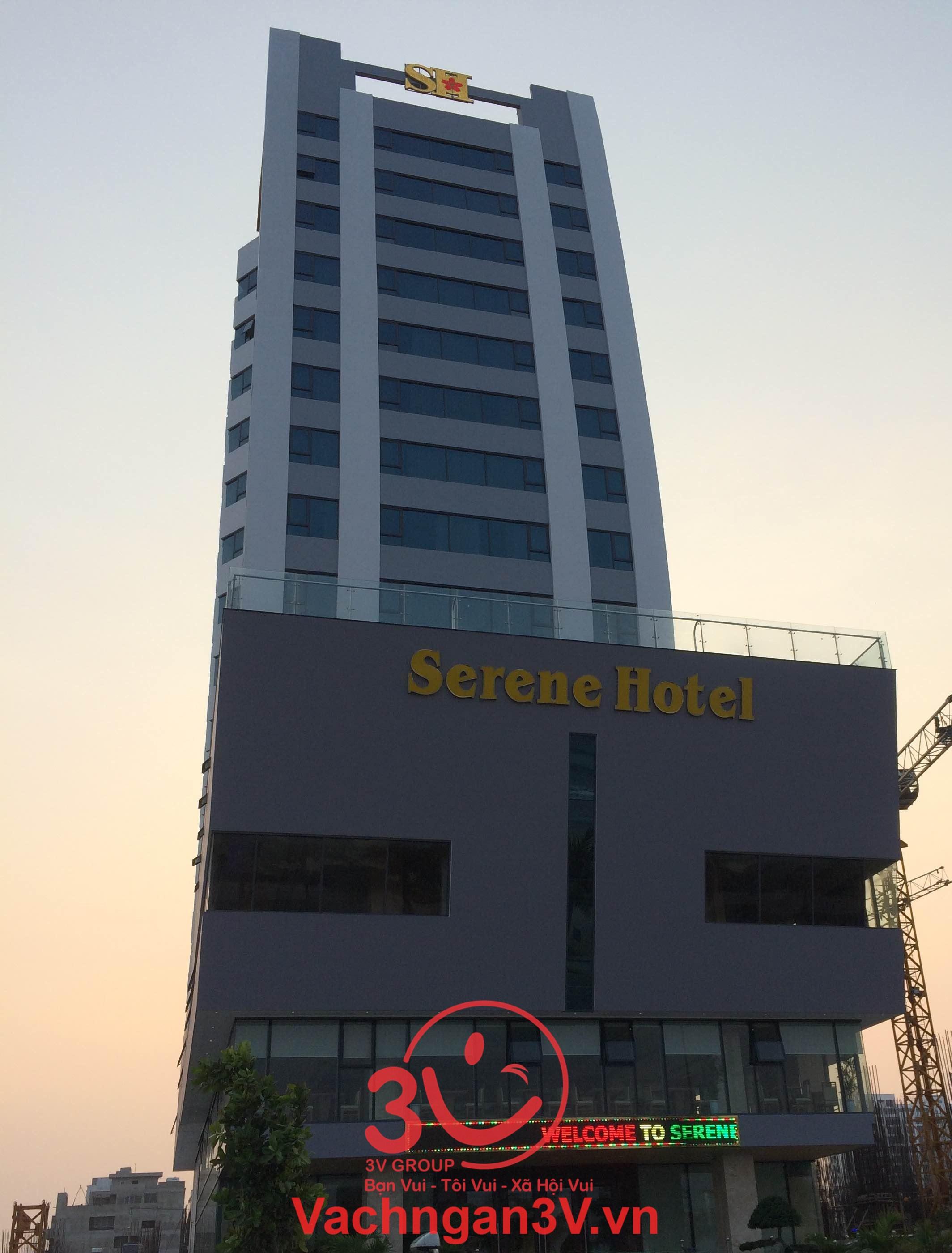 Công ty 3V thi công vách ngăn vệ sinh HPL tại khách sạn 4 sao SERENE Đà Nẵng