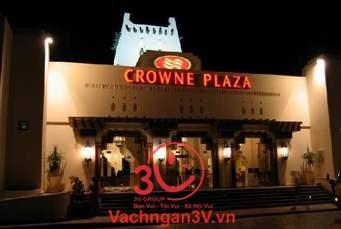 3V thi công vách ngăn vệ sinh Compact khu nghỉ dưỡng cao cấp Crowne Plaza Đà Nẵng