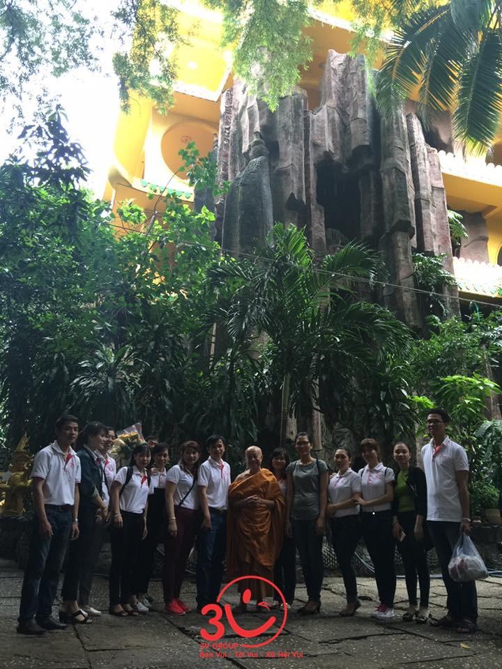 3V hoạt động thiện nguyện tại chùa Kỳ Quang 2 TP. HCM