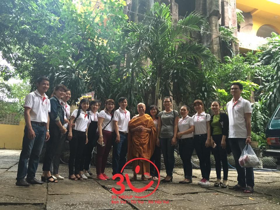 chuyến đi thiện nguyện của 3V đến với các mảnh đời em thơ bất hạnh tại chùa Kỳ Quang 2 – Gò Vấp đã diễn ra trong sự thiêng liêng ấm áp