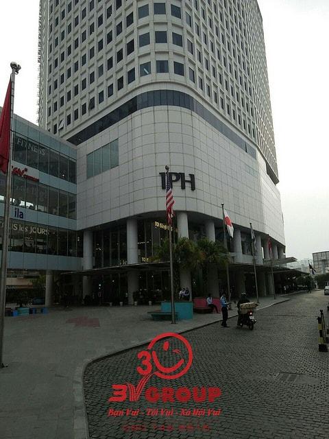 Lắp đặt vách ngăn vệ sinh Compact uy tín, giá rẻ tại Hà Nội