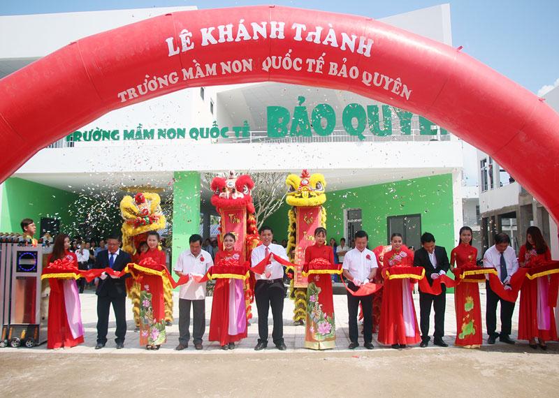 3V thi công vách ngăn vệ sinh trường mầm non Quốc tế Bảo Quyên