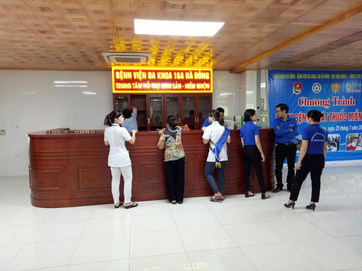 Thi công tấm vách ngăn nhà vệ sinh Bệnh viện 16A, Hà Đông, Hà Nội