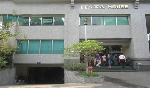 Dự án thi công vách ngăn vệ sinh cho Tòa nhà Itaxa, Quận 3, TP HCM