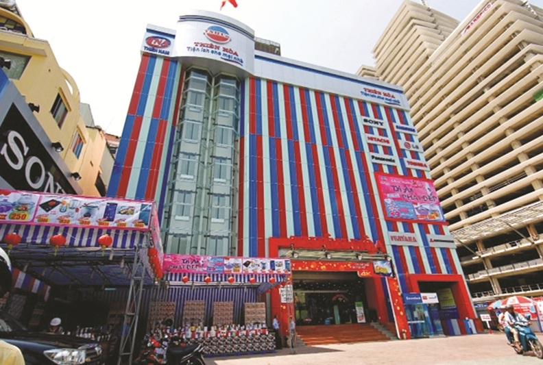 Thi công vách ngăn vệ sinh compact ở Siêu thị điện máy Thiên Hòa, HCM
