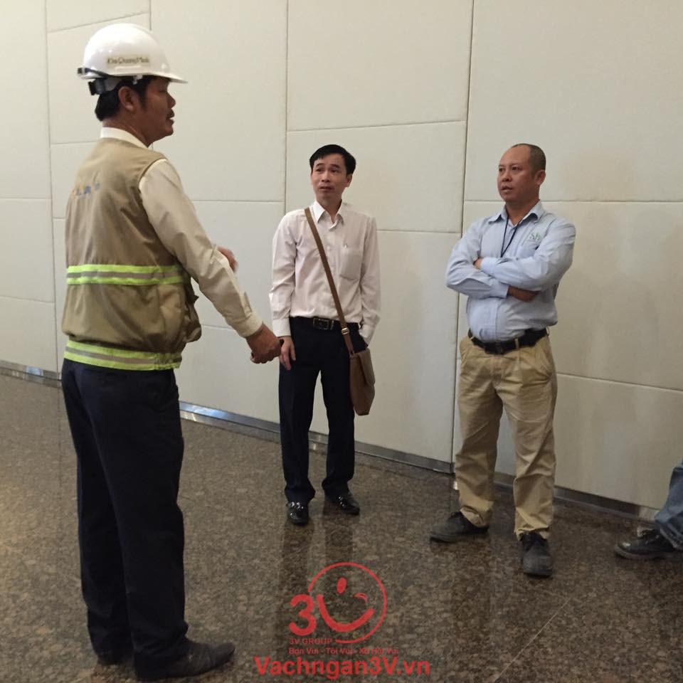 Lắp đặt tấm nhựa compact ở Chung cư Oriental, Quận Tân Phú, TPHCM