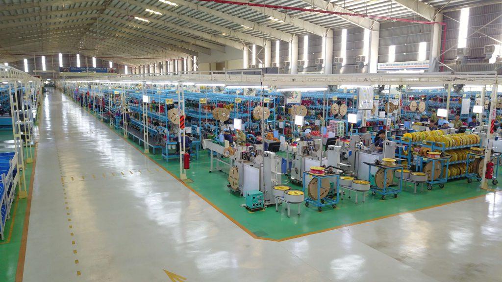 Làm vách ngăn wc đẹp, giá rẻ cho Nhà máy sản xuất ô tô Thaco – Kia