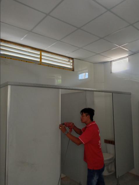 3V thi công vách vệ sinh Compact HPL cho Trụ sở Bộ Ngoại Giao