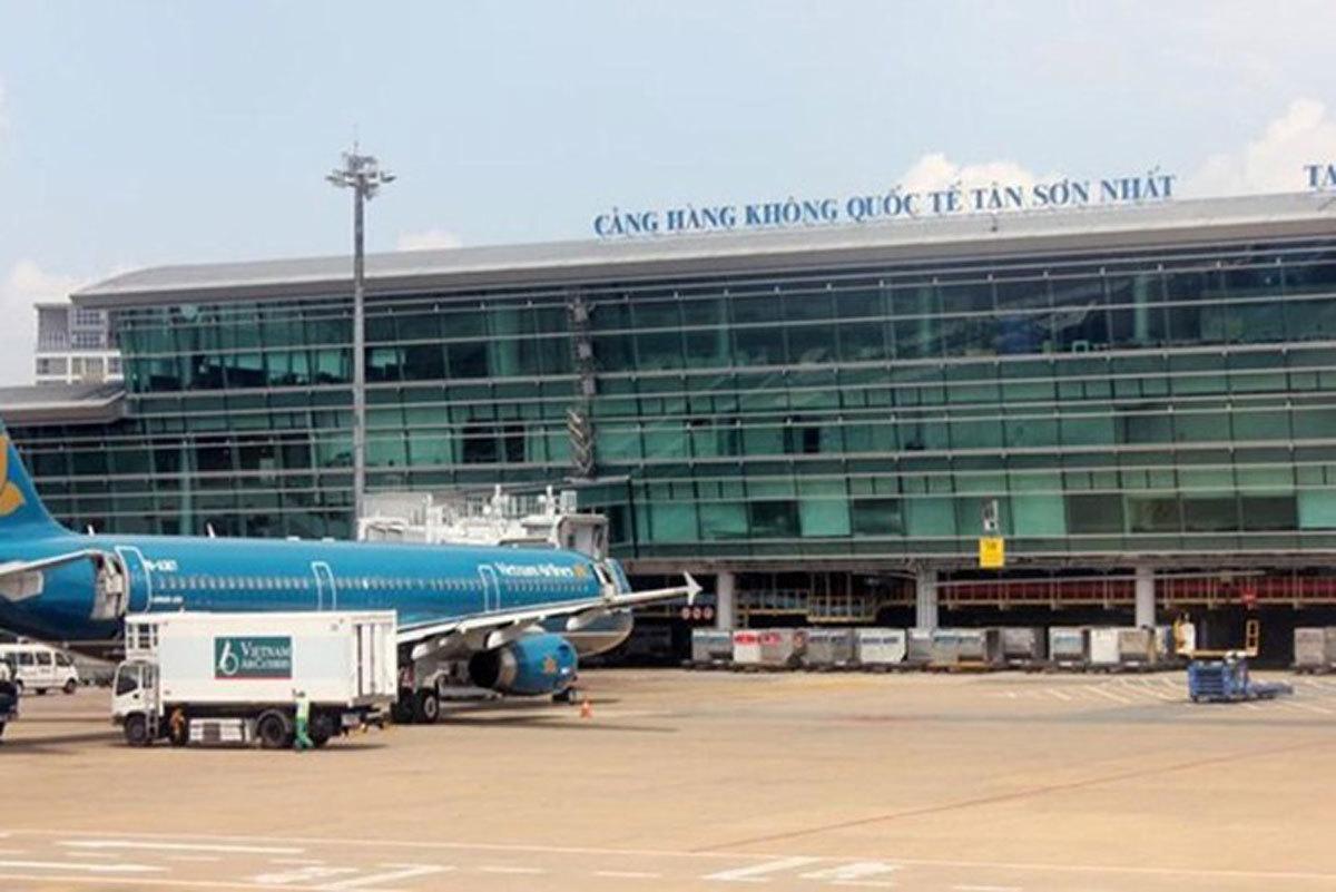 Thi công vách ngăn vệ sinh compact tại Sân bay Tân Sơn Nhất