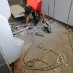 Thi công vách ngăn vệ sinh tại Trường Tiểu học Hưng Phú B, Sóc Trăng