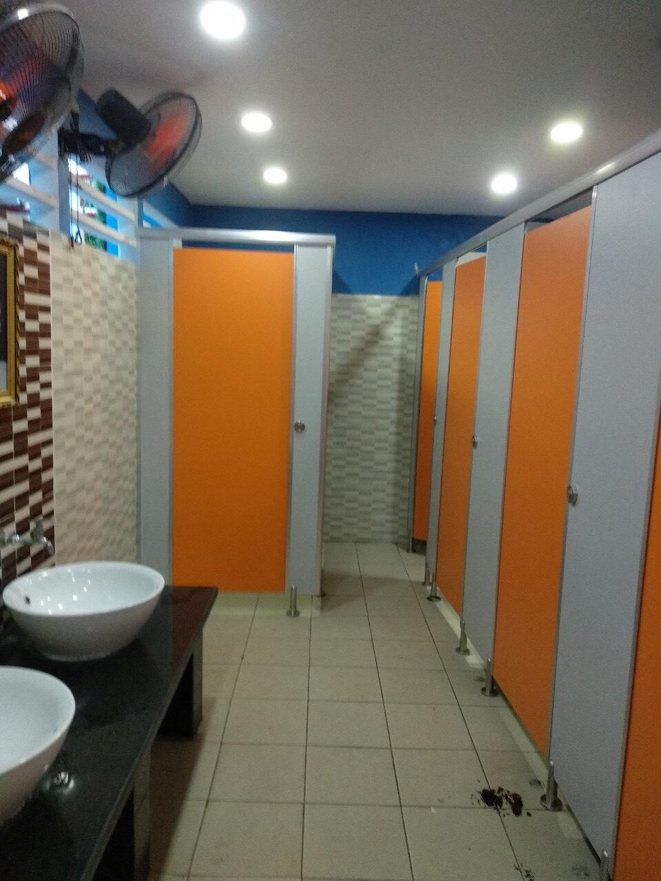 Báo giá vách ngăn WC tại Công Ty Cửa Minh Anh Gia Lai