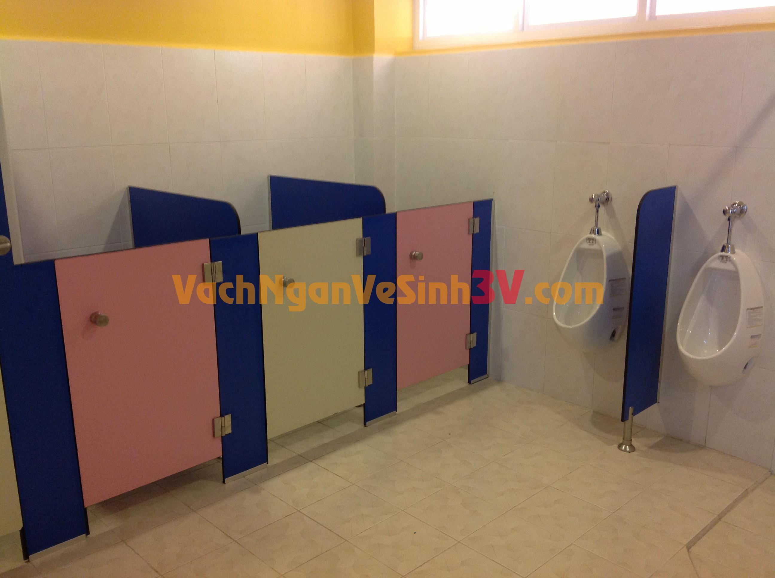 3V GROUP cung cấp vách ngăn toilet cho Trường mầm non tại Q.3 – TP HCM