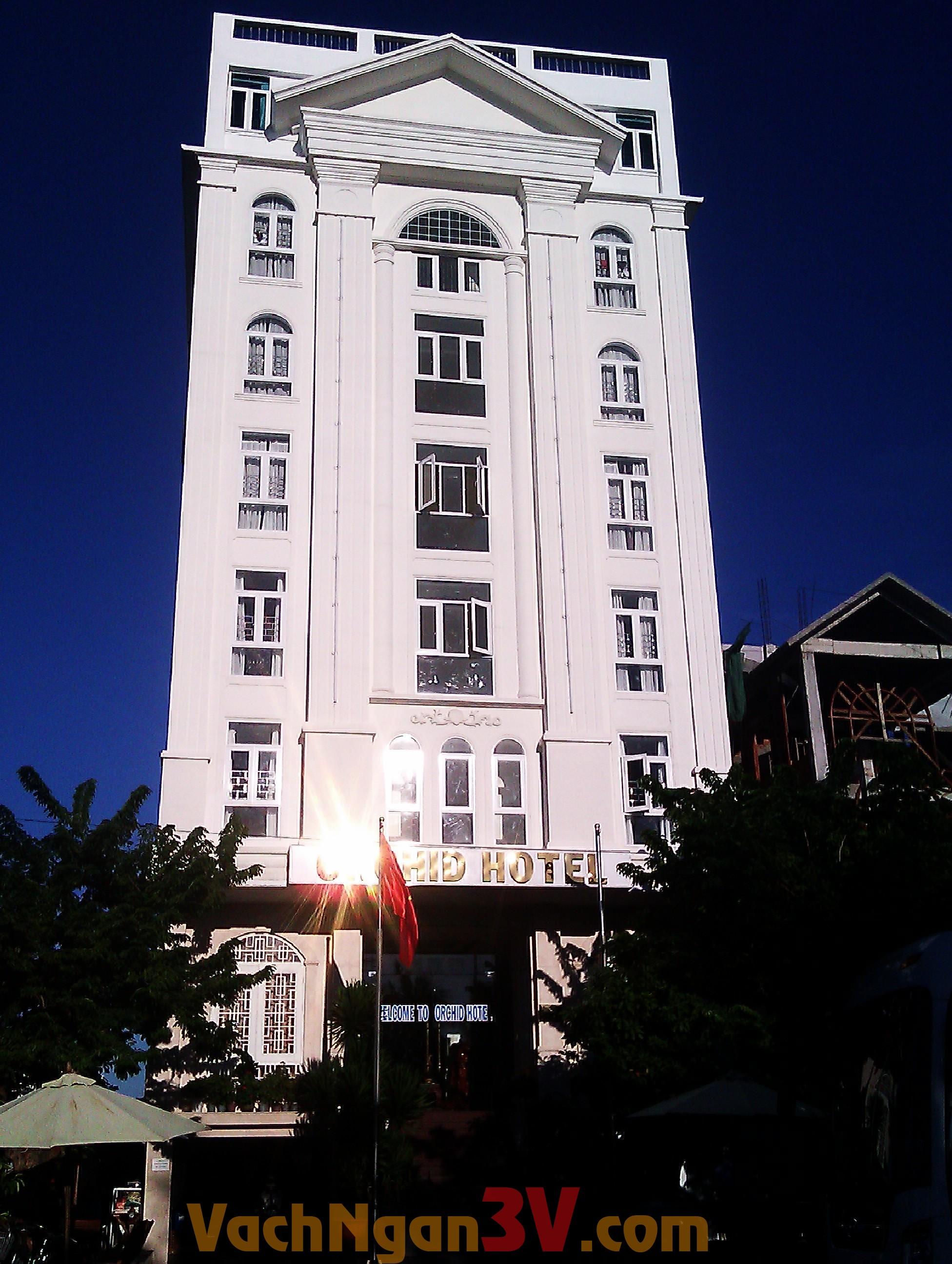 Thi công vách ngăn vệ sinh Đà Nẵng cho khách sạn ORCHID