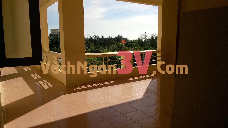 Thi Công Vách Ngăn Vệ Sinh Compact HPL Tại Trường THPT Vũng Tàu, P.8, Vũng Tàu