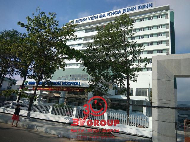 3V Group Thi Công Vách Ngăn Vệ Sinh HPL Tại Bệnh Viện Đa Khoa Bình Định – Tp.Bình Định