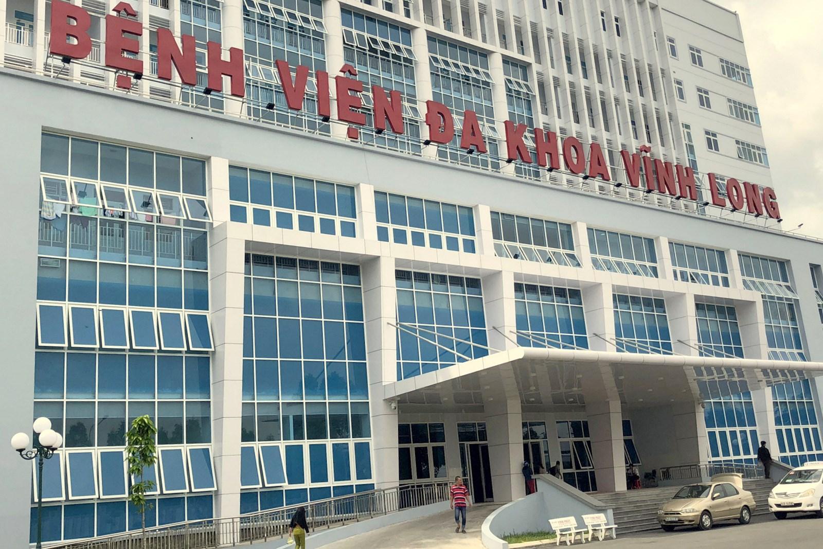 Vách ngăn vệ sinh 3V nâng cấp diện mạo Bệnh viên Đa khoa tỉnh Vĩnh Long