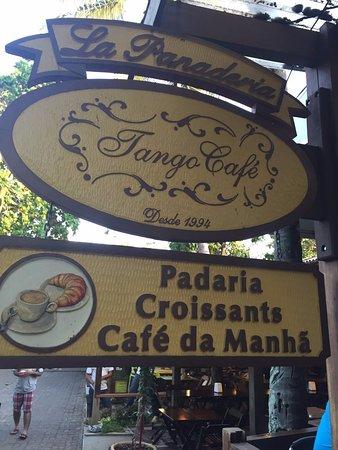 Lắp đặt vách ngăn wc tấm compact ở Chuỗi cafe Tango, HCM