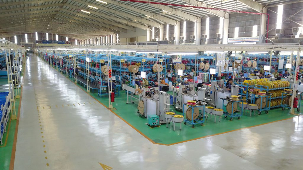 Làm vách ngăn wc đẹp lần thứ 3 cho Nhà máy sản xuất ô tô Thaco – Kia, Quảng Nam