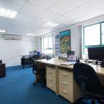 Giá vách ngăn phòng vệ sinh hdf tại văn phòng làm việc Tp.HCM
